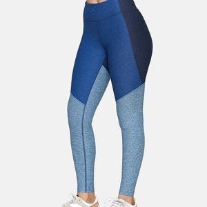 NEW Outdoor Voices 7/8 Leggings